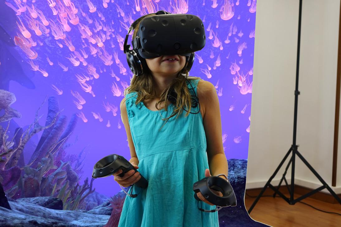 naroa-vr-sea-medusas